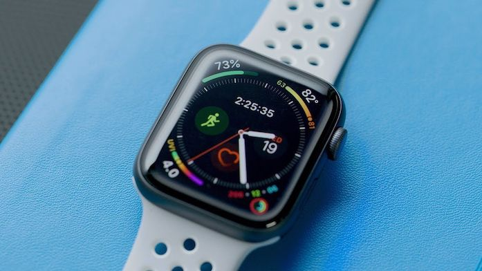 Apple Watch Series 4 the thao